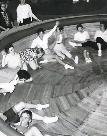 fam-org-reunions-slide-5-lagoon-1959