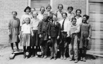 The Island Grade School Class of 1922