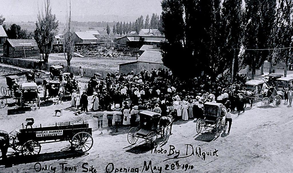 oakley-townsite-opening